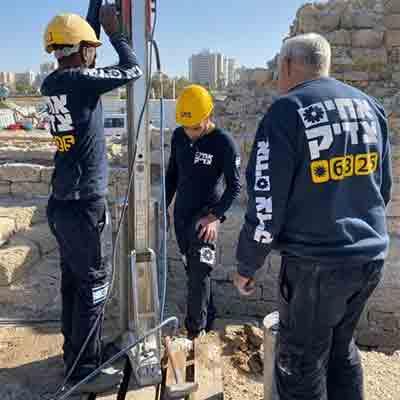 קידוח יהלום באתר ארכיאולוגי באשדוד
