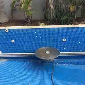 ניסור בריכת שחיה בדיסק יהלום